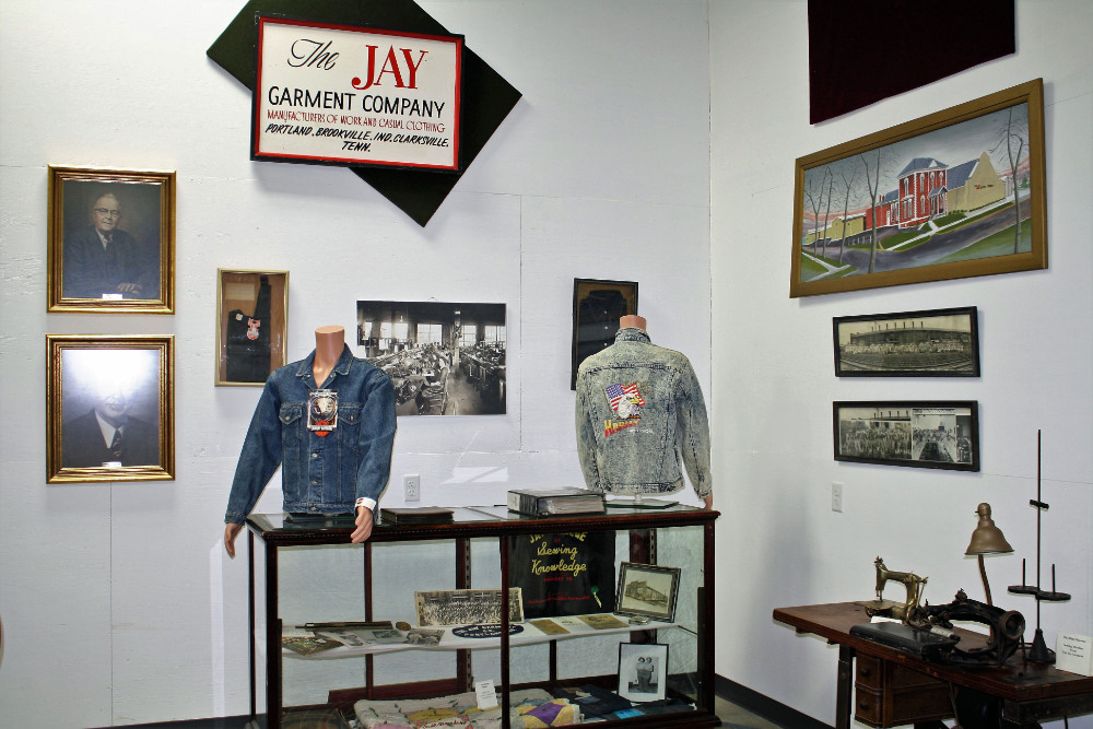 Jay Garment Display